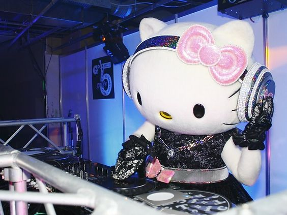gate's Hello Kitty