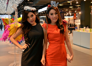 [Report from Kobori in Bangkok] Thailand Ministry of Commerce Runs Fashion Event in Support of the Apparel Industry