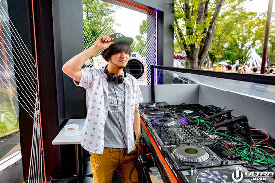 ULTRA JAPAN 201 DJ TAAR