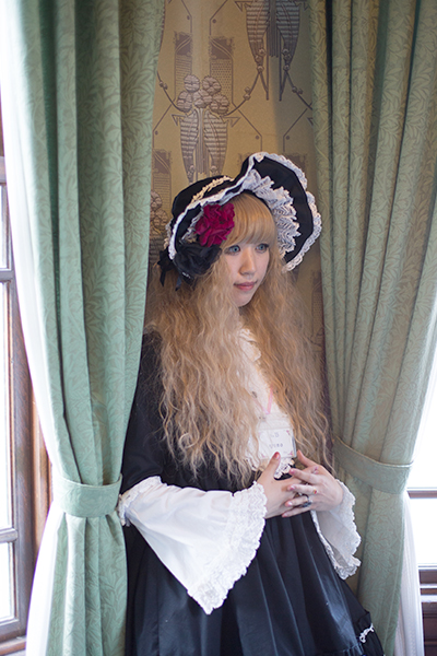 Lolita Fashion Photo Gallery