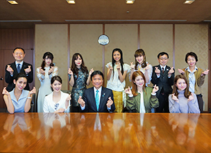 "The ""asianbeat / FACo Kawaii Ambassador"" visited the Governor of Fukuoka Prefecture!"
